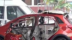 Clip: Ô tô điện Trung Quốc đang sạc phát nổ như bom