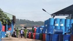 Phát hiện 1.000 phuy sắt, can nhựa nhiễm hoá chất độc hại ở Đồng Nai