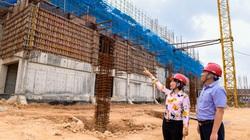 Công nhân gấp rút thi công dự án biến rác thành điện trị giá 7.000 tỷ đồng