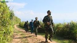 Phòng Covid-19 ở biên giới: Theo chân lính biên phòng vận động bà con chống xuất nhập cảnh trái phép