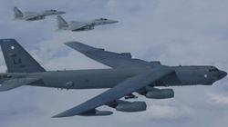 Lầu Năm Góc công bố video vụ Su-27 Nga bay cắt mặt B-52 Mỹ