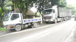 """Lào Cai: """"Bất lực"""" xử lý xe quá tải từ Cụm Công nghiệp Tằng Loỏng?"""