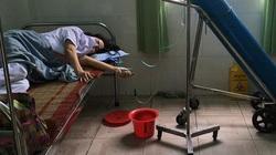 """Nữ nhân viên y tế ngất xỉu vì kiệt sức chống dịch Covid-19: """"Sẽ tiếp tục chiến đấu"""""""