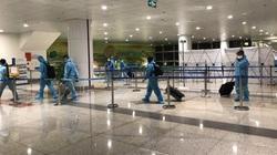 Chuyến bay gần 40 giờ đưa 350 công dân Việt từ Hoa Kỳ về nước an toàn