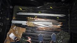 Hơn 100 cảnh sát vây bắt 2 băng giang hồ