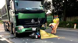 Xe máy đấu đầu xe tải, 2 nam thanh niên tử vong