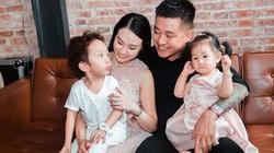 """Tuấn Hưng khoe được vợ trả """"lương"""" khi nghỉ dịch, Hương Baby đáp trả anti-fan cực gắt"""