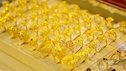 Giá vàng hôm nay 1/9: 'Nhen nhóm' hy vọng về ngưỡng 2.000 USD/ounce