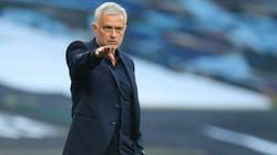 Đổ tội học trò lười biếng, Mourinho khiến phòng thay đồ Tottenham bất ổn