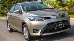 Có khoảng 300 triệu đồng, chọn mua Toyota Vios cũ hay Hyundai Grand i10 mới?