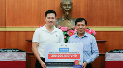 CEO Asanzo trao tặng 300 triệu ủng hộ quỹ phòng chống Covid-19