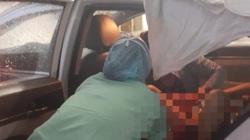Nữ tài xế taxi giúp sản phụ 'vượt cạn' trên xe thành công lúc trời mưa bão