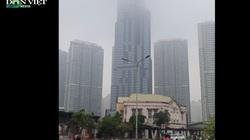 Sài Gòn sương mù đặc quánh, mờ ảo như Đà Lạt