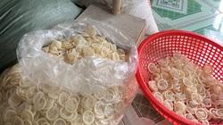 KINH HOÀNG: Phát hiện cơ sở tái chế hàng trăm nghìn bao cao su đã qua sử dụng ở Bình Dương