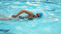 Tại sao có những người học mãi vẫn chưa biết bơi?