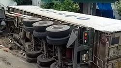 Va chạm khiến 3 bố con thương vong, tài xế xe container rời khỏi hiện trường