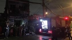 TP.HCM: Cháy lớn cạnh Chi Cục Thi hành án dân sự, nhiều người hoảng sợ