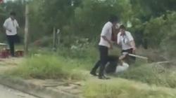 Clip: Tranh giành khách tại sân bay, 2 nhóm tài xế taxi đuổi đánh nhau bể đầu