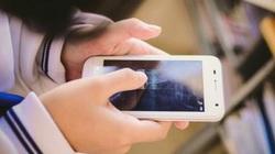 Giận cha mẹ la rầy, không cho chơi điện thoại, bé gái 11 tuổi uống hơn 20 viên thuốc ngủ