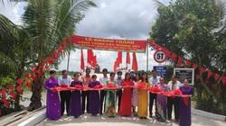 CLB Bất động sản TP.HCM giúp giao thông nông thôn Đồng Tháp