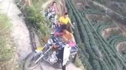 Chạy xe côn vượt dốc đứng giỏi như chị em miền núi
