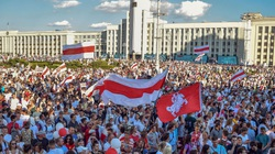 Litva tuyên bố Nga nhanh chóng sáp nhập Belarus, Kremlin nói gì?