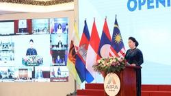 """""""Lấy lợi ích của người dân là trung tâm hành động trên tinh thần tôn trọng luật pháp quốc gia và pháp luật quốc tế"""""""