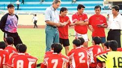 4 trận thắng tạo nên tên tuổi của HLV Alfred Riedl ở Việt Nam