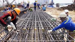 """""""Miếng bánh"""" 19.100 tỷ thép xây dựng từ đầu tư công, Hòa Phát sẽ chiếm bao nhiêu?"""