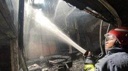 TP.HCM: Giải cứu một người mắc kẹt trong vụ cháy cửa hàng L'angfarm Buffet