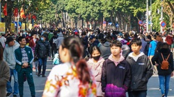 Các khu vui chơi ở Hà Nội đông nghịt người dịp Tết Dương lịch 2021