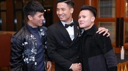 Clip: Quang Hải, Văn Toàn, Đình Trọng lắc hông nhảy cực sung theo chú rể Bùi Tiến Dũng