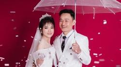 Nữ tuyển thủ lớn tuổi nhất của ĐT Việt Nam bất ngờ khoe ảnh cưới