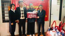 Đà Nẵng: Agribank Sơn Trà tài trợ xây dựng nhà đại đoàn kết cho gia đình hộ nghèo