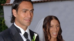 5 cầu thủ đẹp trai nổi tiếng nhưng vợ lại xấu tệ: Italia chiếm 3 người