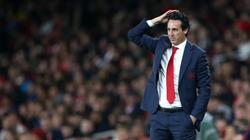 Chưa hết uất ức vì bị sa thải, HLV Emery chỉ trích Arsenal