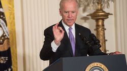 Vừa nhậm chức, Biden lập tức sa thải 3 người được Trump cài cắm