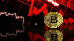 Giá Bitcoin lao dốc, về dưới 30.000 USD