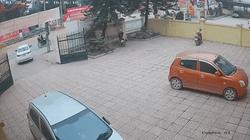Hoảng hồn nữ tài xế mới mua xe nhầm chân ga chân phanh