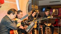 """Xúc động vì """"Tứ tấu guitar Sài Gòn"""" hội ngộ: Nguyễn Trí Đoàn, Trần Hoài Phương..."""