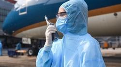 Khẩn trương tìm gần 400 người đi chung 2 chuyến bay với nhân viên phòng công chứng mắc Covid-19