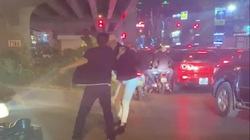 Vụ tài xế đánh người ở ngã tư ở Hà Nội: Nạn nhân đang bị đe doạ ra sao?