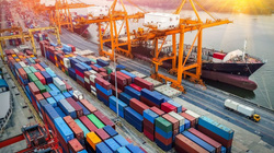Việt Nam xuất siêu kỷ lục hơn 19 tỷ USD