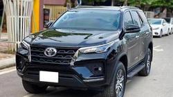 Ngỡ ngàng Toyota Fortuner 2021 chạy 1000 km đã rao bán giá khó tin