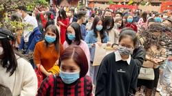 Hà Nội, Đà Nẵng: Hàng nghìn người đổ về các điểm di tích để đi lễ chùa đầu năm