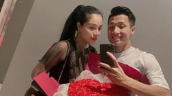 """Tin sáng (16/2): Tặng vợ quà Valentine muộn, Bùi Tiến Dũng gửi lời nhắn siêu """"dị"""""""