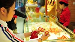 Trước ngày vía Thần Tài: Giá vàng giảm sâu, cơ hội kiếm tiền?