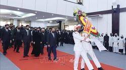 Ảnh: Thủ tướng Chính phủ, Chủ tịch Quốc hội và nhiều lãnh đạo viếng nguyên Phó Thủ tướng Trương Vĩnh Trọng tại Bến Tre