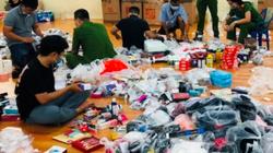 """Nóng: Đột nhập kho hàng lậu """"siêu khủng"""" ở Đồng Nai"""