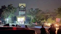 Người đàn ông nghi ngáo đá chém 3 người chết ở Hòa Bình: Xô xát từ quán karaoke